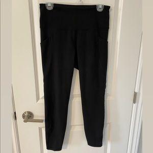 Old Navy Elevate Leggings w/ Side Pockets